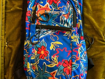 Used: Vibedration Camelback (tropical)