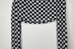 Used: Checkered Off the shoulder Crop Top